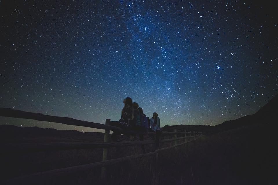El astrofísico Jesús Sesé impartirá la charla Vida y muerte en el Universo