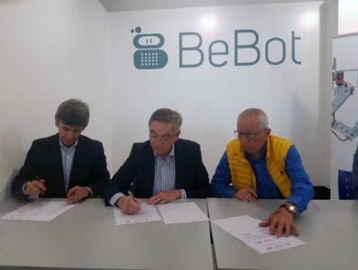 Responsables de Fundación caja de Burgos, Aciturri y Fundación Galletas Coral renuevan el convenio de colaboración del programa Bebot